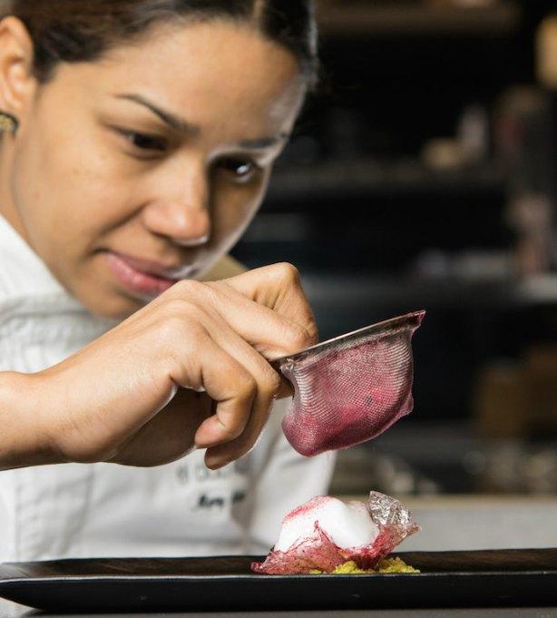 María Marte, jefa de cocina del Club Allard en Madrid con 2 estrellas Michelin