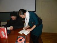 Guerra de firmas entre Paco Gómez Escribano y Yanet Acosta